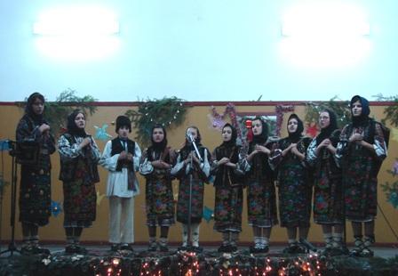 Grup folcloric din Stanesti