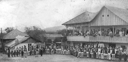 La hora satului din Stanesti (1928)