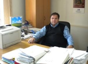 Secretarul comunei Corbi Mihai Moisescu